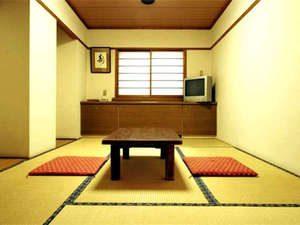 アットフォームに過ごせる和風ビジネス旅館「桜旅館」