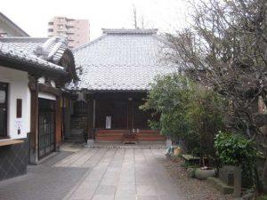 「英信寺」の三面大黒天は見応えあり!浄土宗の寺院