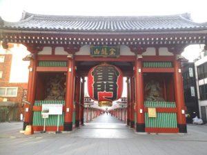 雷門が有名な「浅草寺」